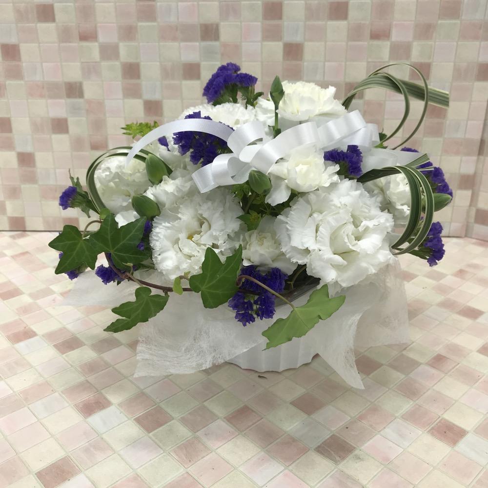 【供花】白のトルコキキョウアレンジメント(H26)