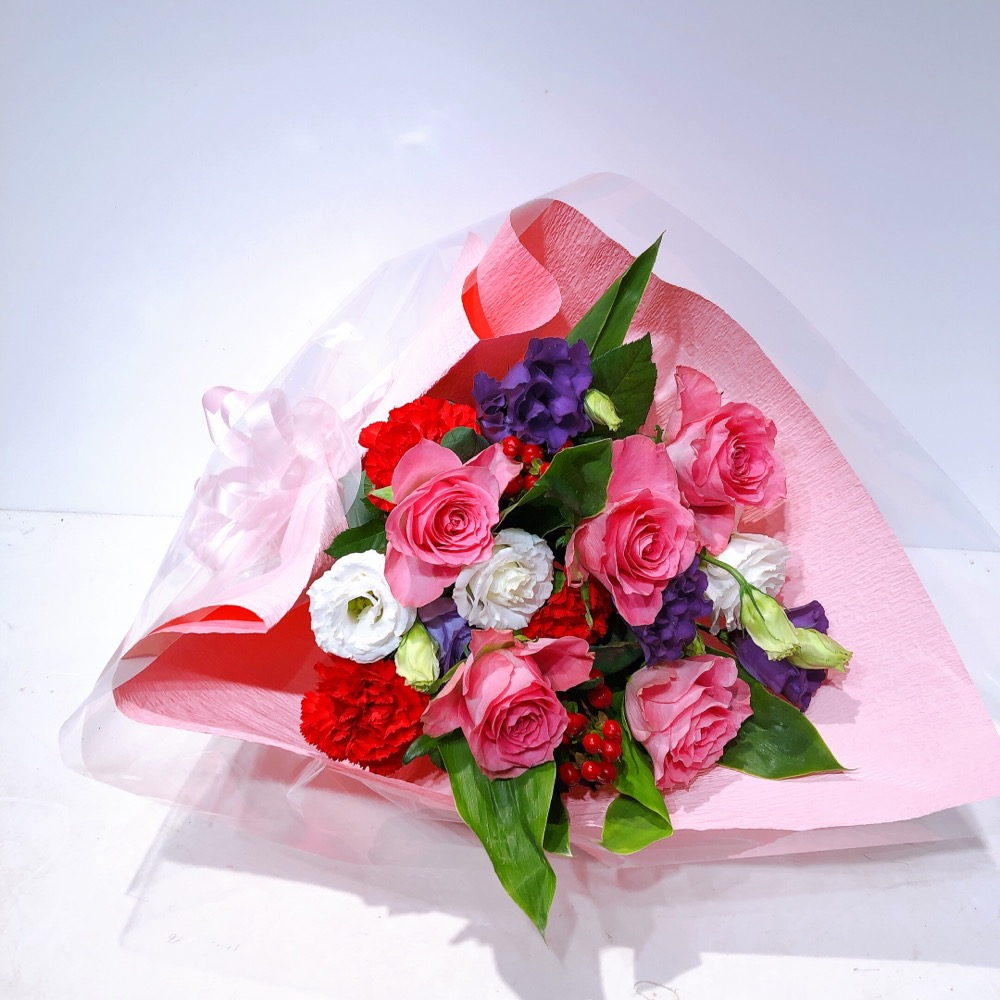 紫ピンク白赤のカラフル花束