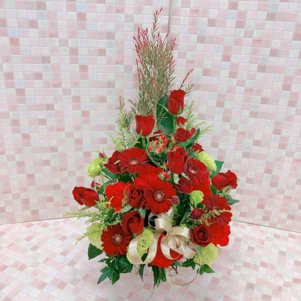 【クリスマス限定】赤とグリーンのツリーアレンジメント (H60)