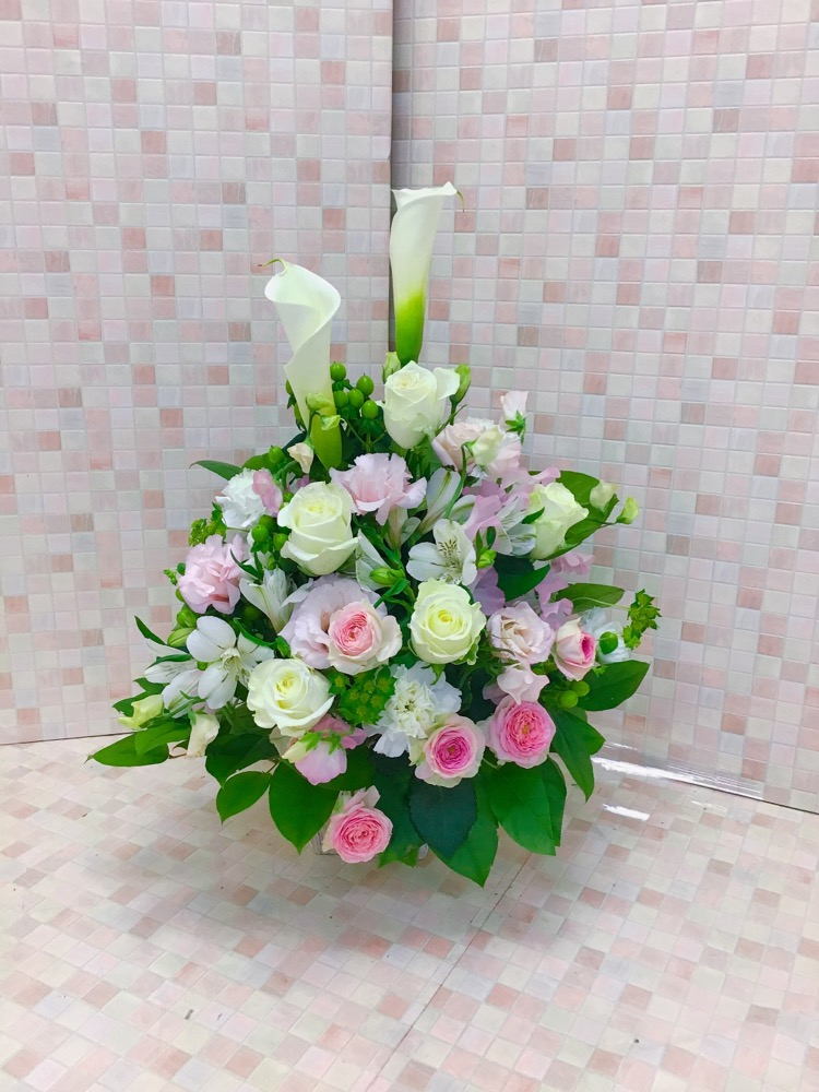 【供花】バラとトルコキキョウのパステルお供えアレンジ(H53)