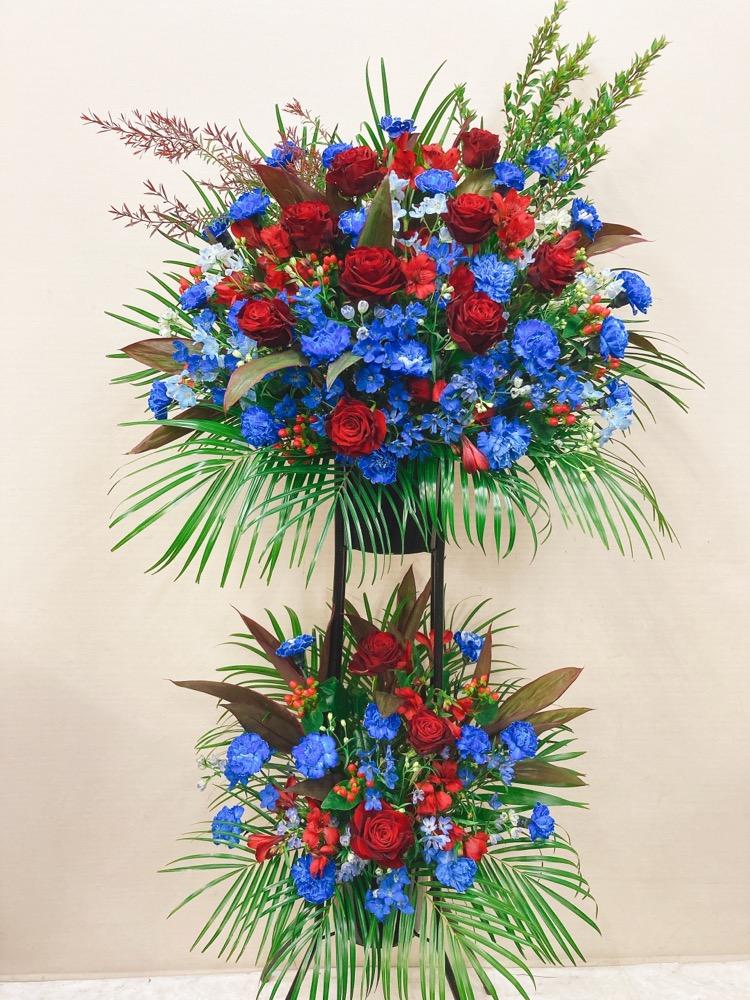 赤バラと青の黒パイプスタンド2段 (H185)
