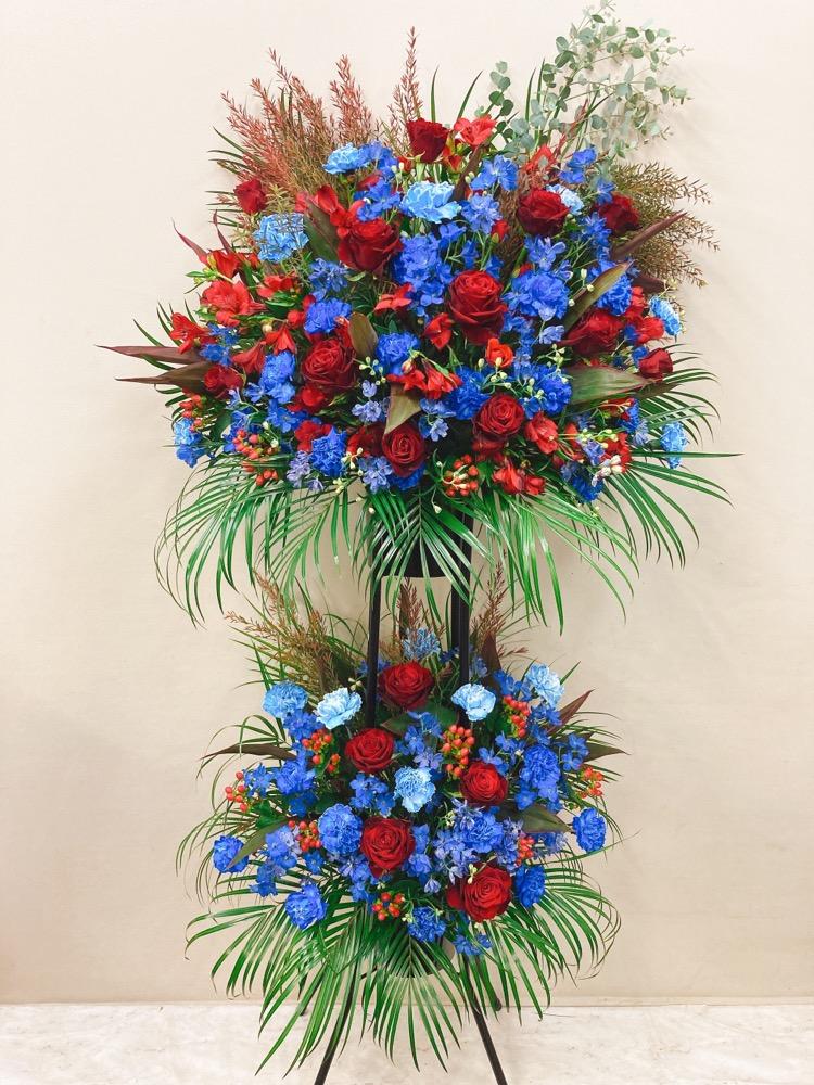 赤バラと青の豪華 黒パイプスタンド2段 (H190)