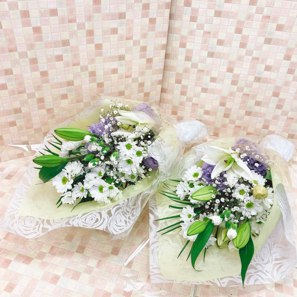 【供花】法事用うすい紫と白の1対花束 (H60)