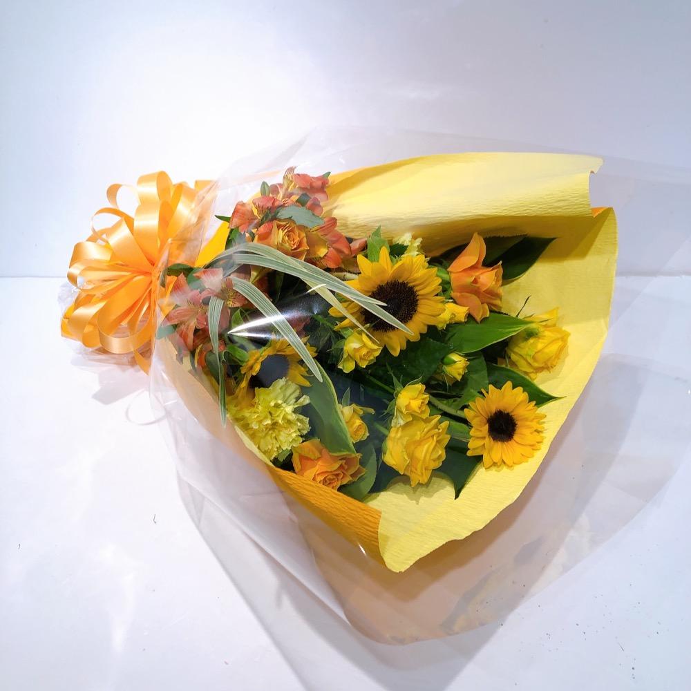 ひまわりの入ったイエローオレンジ花束(H40)